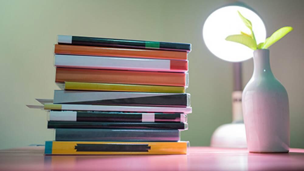 libri-scrivania
