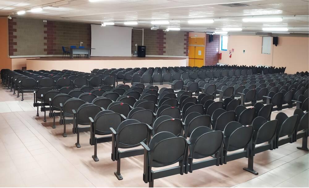 auditorium-def