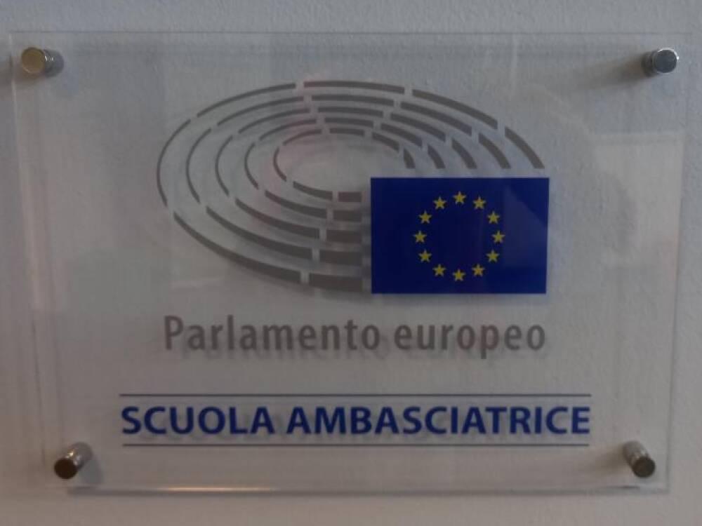 Targa Scuola ambasciatrice d'Europa