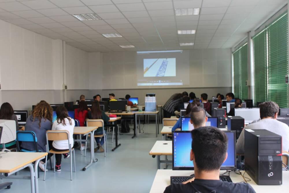 47 Casale - laboratorio informatica
