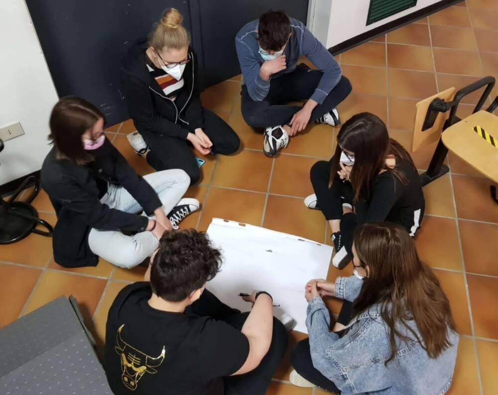 Lavoro di gruppo al corso di formazione