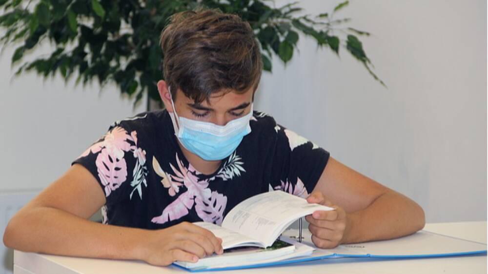 studente-mascherina