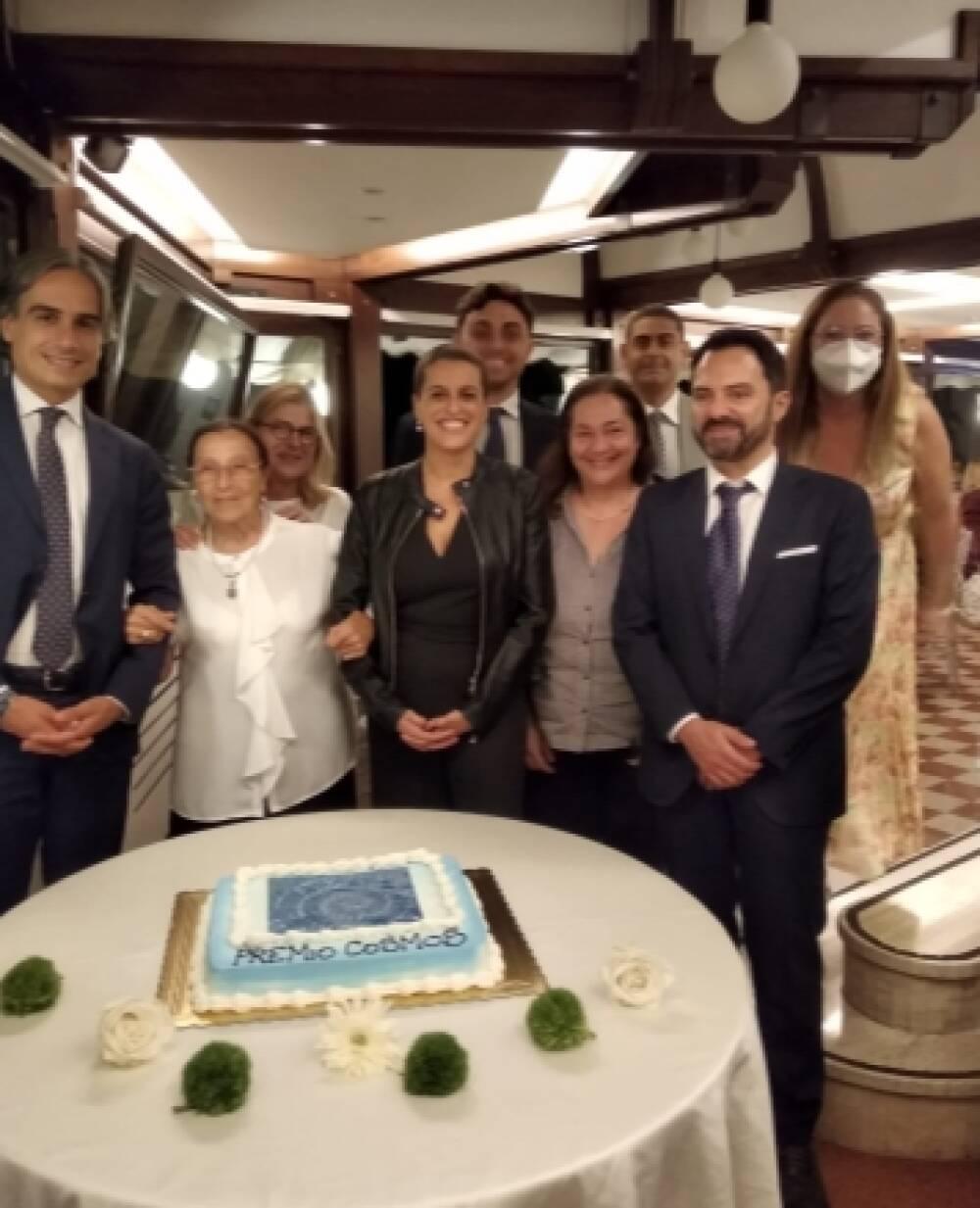 Gli organizzatori, Sindaco, Angela Misiano, Licia Troisi, la scrittrice vincitrice...